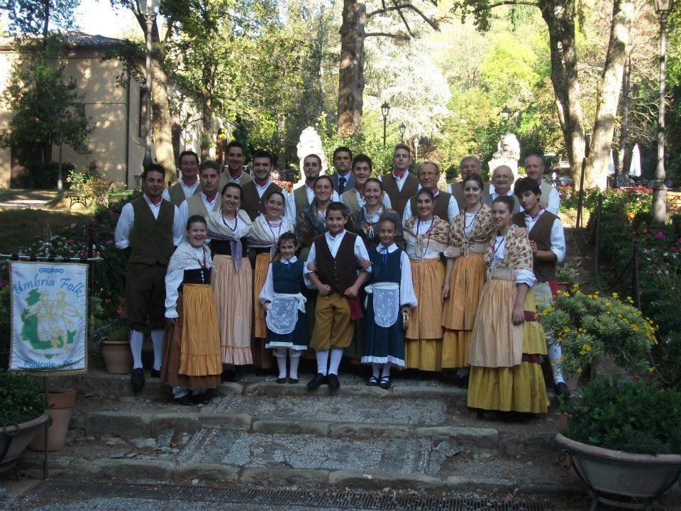 gruppo-folkloristico-umbria-folk